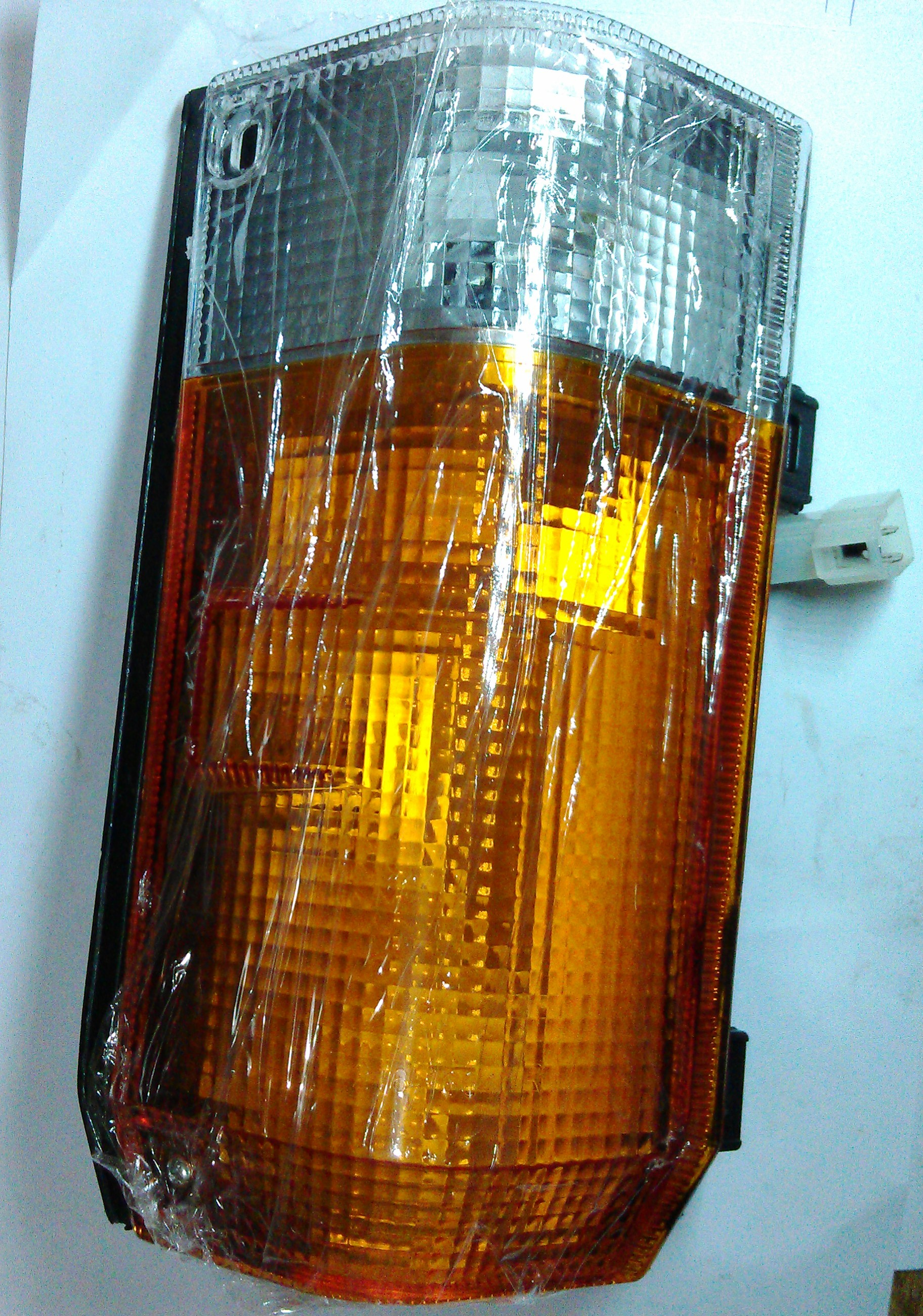 PARKING LIGHT(H.Y)(SL)(RIGHT)